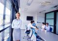 Come integrare le donne nel mondo della finanza? Goldman Sachs ha una risposta…